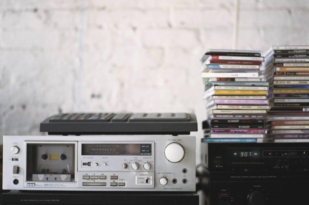 Altes Stereosystem und CDs