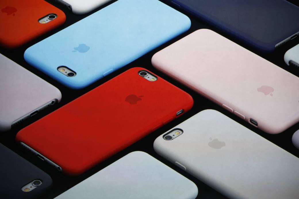IPhones Mit Farbigen Hullen