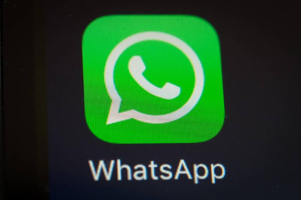 """WhatsApp Logo. Immer wieder kursieren ominöse Kettenbriefe bei WhatsApp. Wiederholt ist nun auch die Warnung vor """"WhatsApp Gold"""" aufgetaucht."""