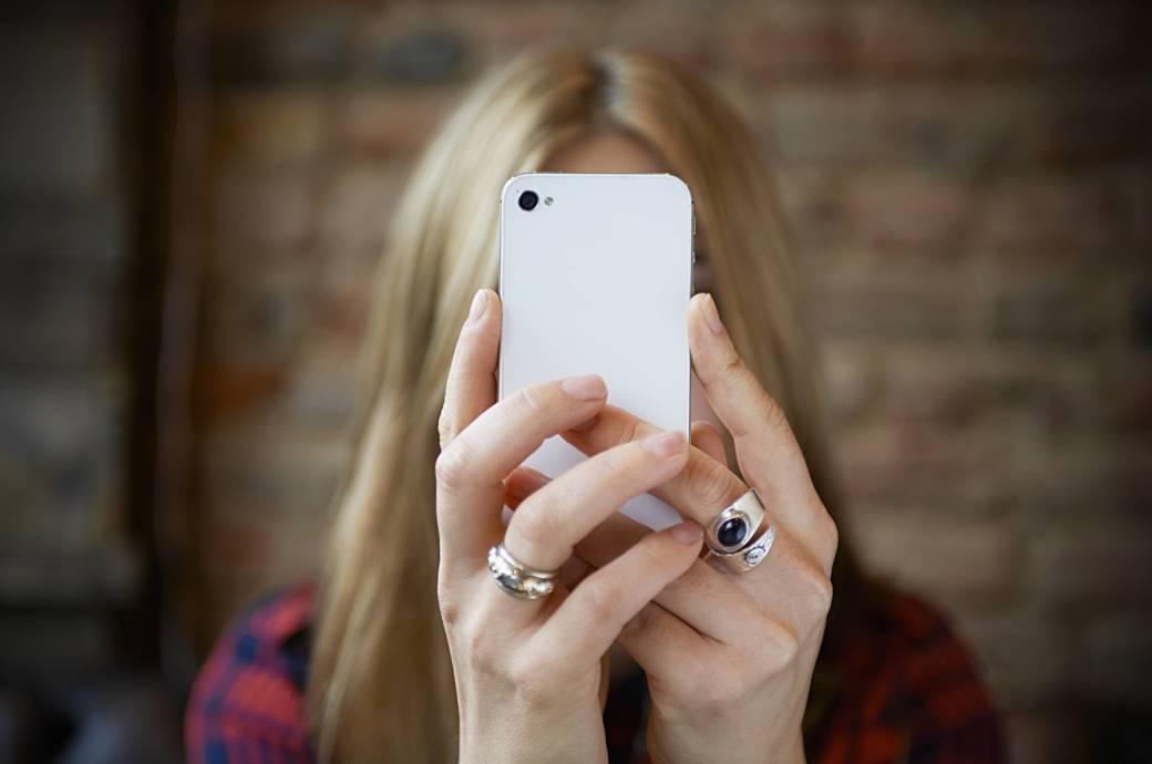 a7c9577d Wer beim Telefonieren unerkannt bleiben will, sollte seine Rufnummer  verbergen. TECHBOOK zeigt, wie das geht. Foto: Getty Images