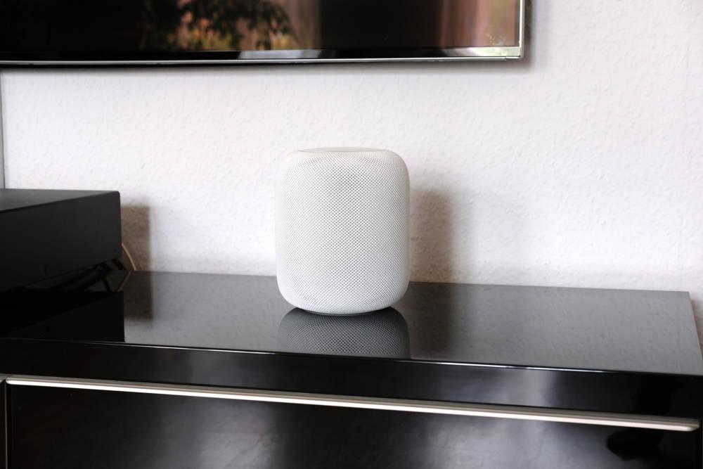 Smarter Speaker Apple HomePod