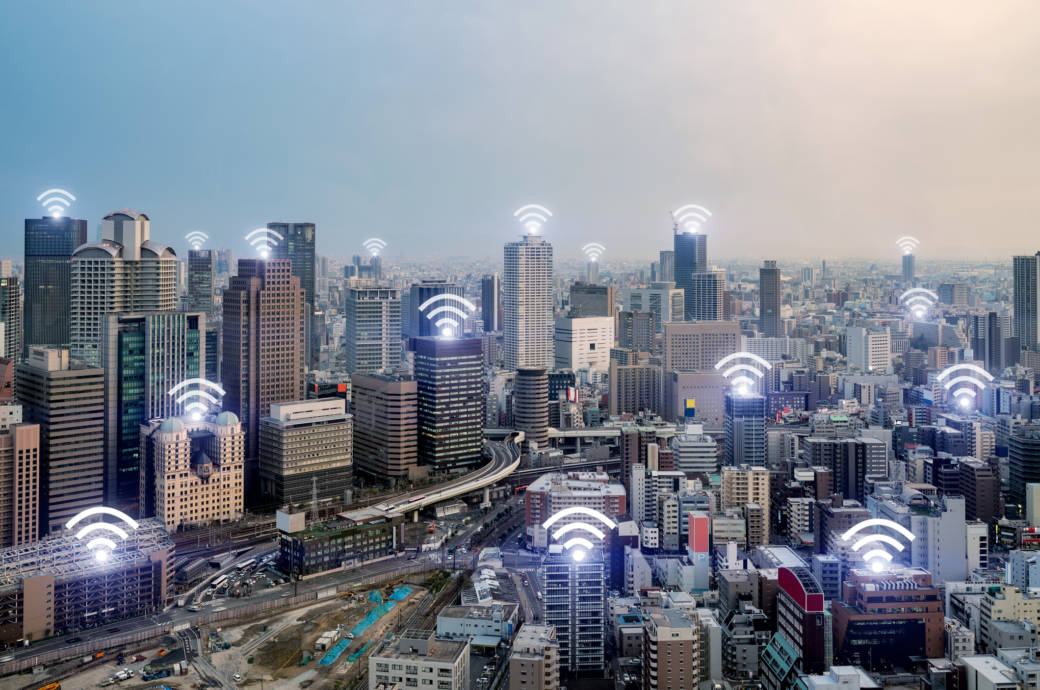 Osaka mit WLAN-Signalsymbolen