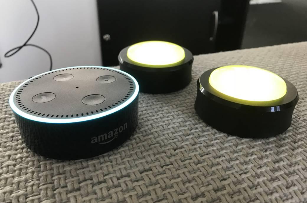Amazon Echo Dot und zwei Echo Buttons