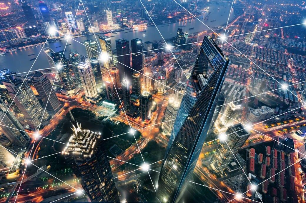 Shanghai von oben mit Netzlinien