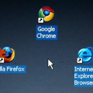 Mozilla Firefox, Google Chrome, Internet Explorer
