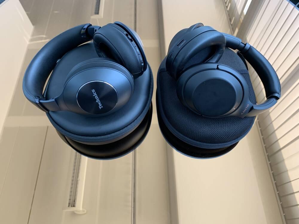 Der Technics EAH-F70N und der Sony WH-1000XM3