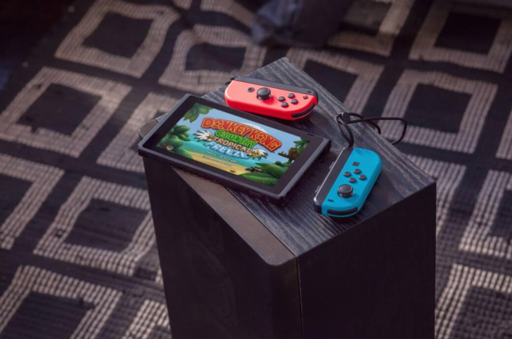 Nintendo Switch mit Joy-Cons
