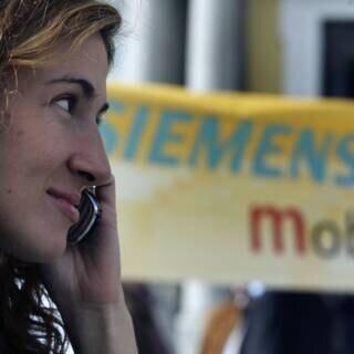 BenQ-Mitarbeiter protestieren vor Siemens-Zentrale in München