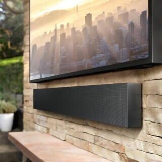 Samsung The Terrace mit passender Soundbar